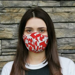 CANADA RED FLAGS REVERSIBLE GREY/BLACK MASK